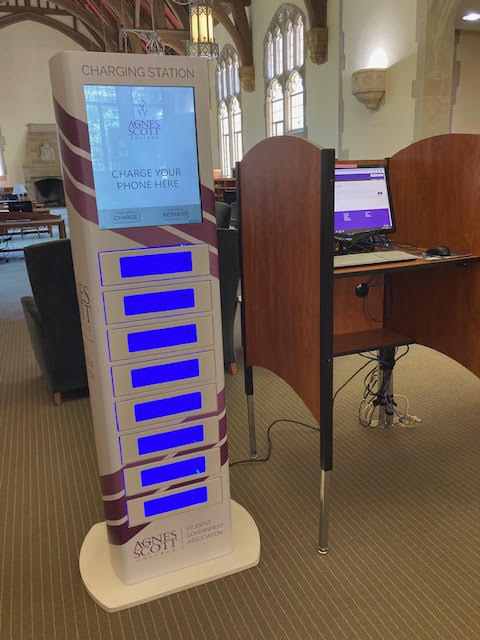 Charging Station next to Guest Desktops in Main Reading Room of McCain Library